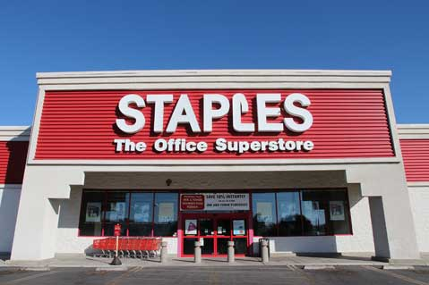 Staples Teams With United Way To Fight Illiteracy