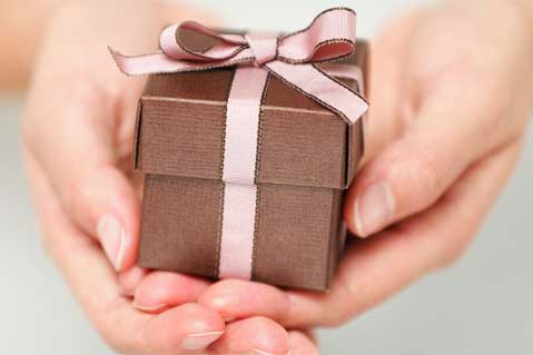 Boost Sales with Gifts and Incentives