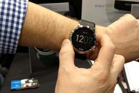 Video: Smartwatch Innovation at CES