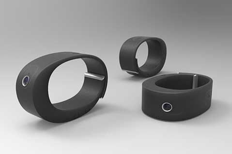 Smart Bracelet Helps Capture Unforgettable Moments