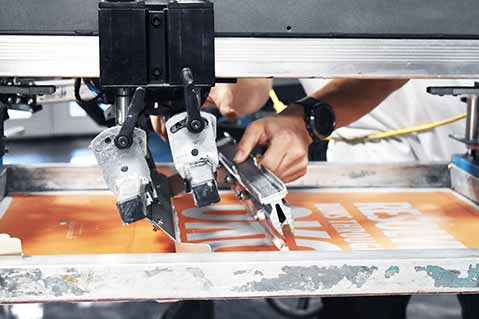 How Screen Printers Can Effectively Use White Ink