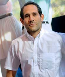 Charney Submits Offer To Buy American Apparel