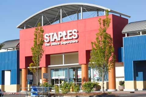 Staples Reports Q1 Profit Decline