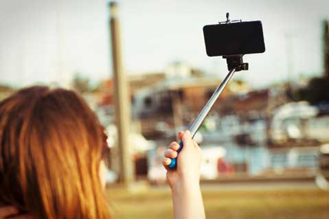 Kentucky Derby Bans Selfie Sticks